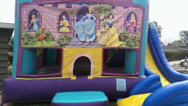 Disney Princess Bounce House Extraordinaire